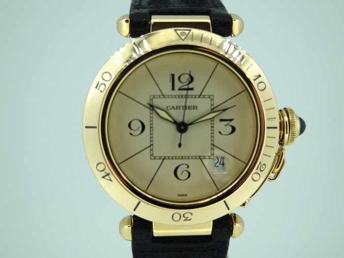 Cartier Pasha 18ct gold