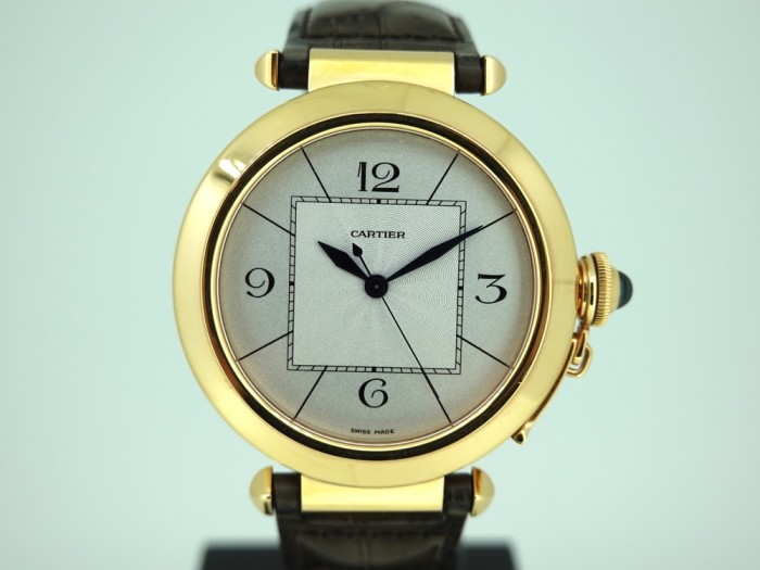 Cartier Pasha 18ct