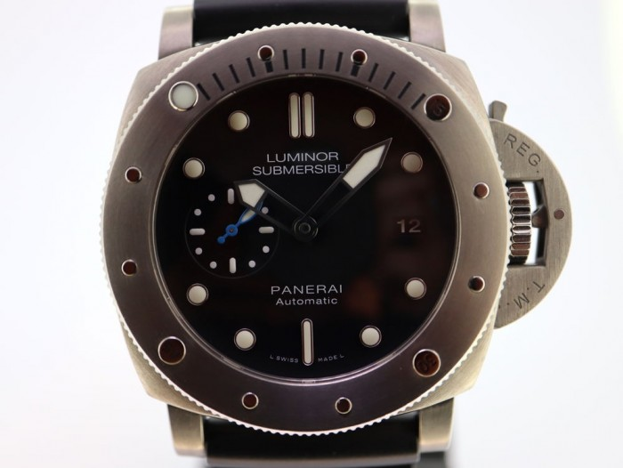 Panerai Luminor Submersible PAM1305