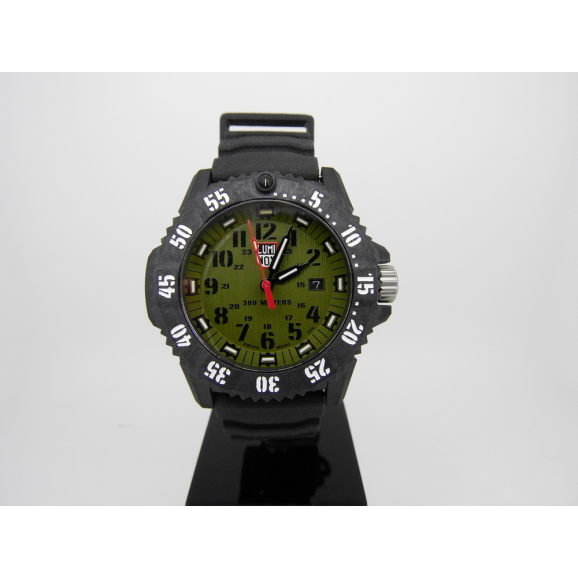 Luminox Master Carbon
